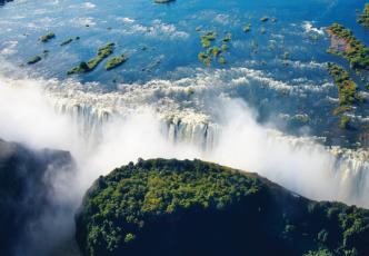 Zimbabwe Waterways & Zambia Wilderness